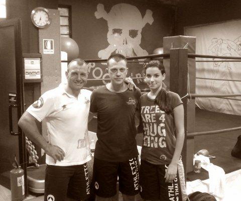 Davide Carli - Campione del Mondo: Thai Boxe WPKA 1997, Kick Boxing WKA 1998, Free Fight IFO 1999 e Francesca Susini del nostro Team Chirurgia Mano